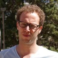 Dr. Ryan Zaari
